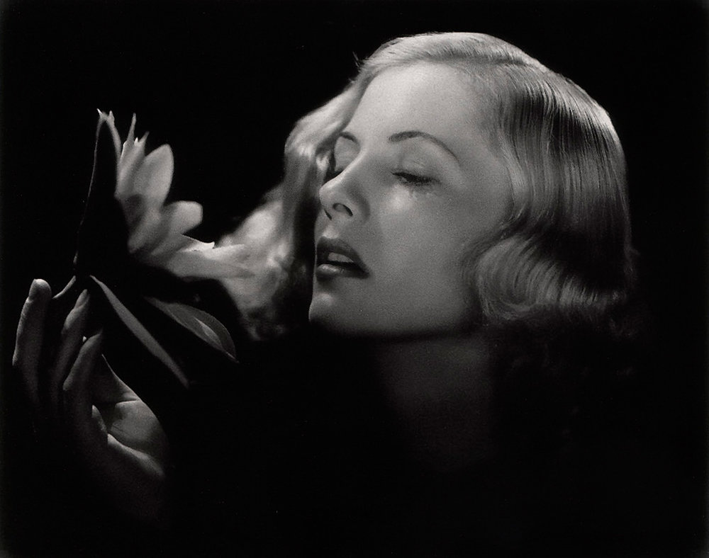 Joan Fontaine 13.jpg