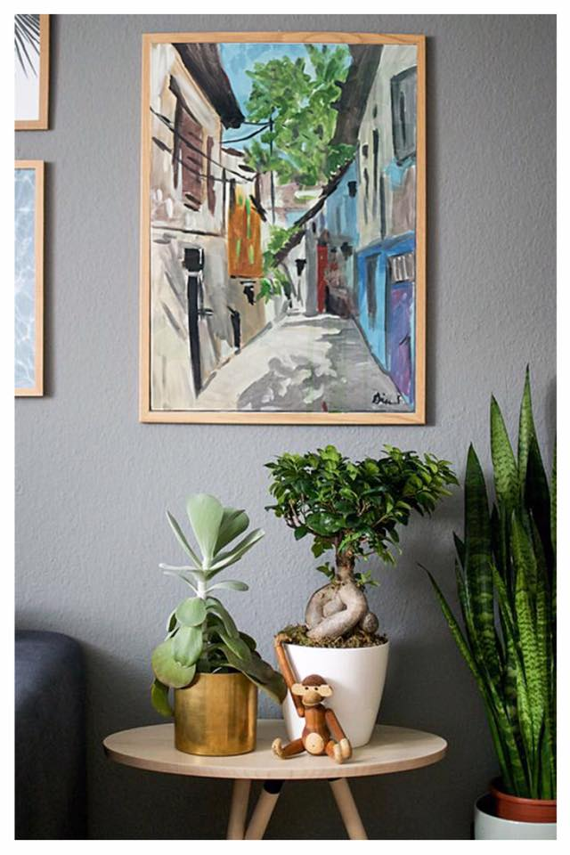 •Artwork collaborates with other accessories and decor in your space to create a visual story.•