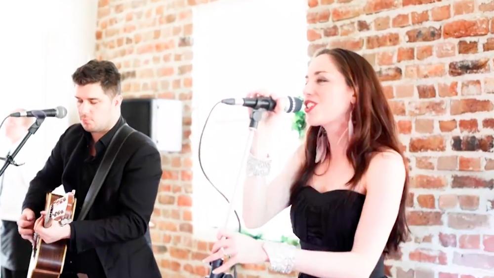Fiona Treloar Sydney Wedding Singer Duo.png