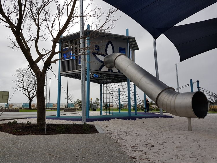 We worked along side a Landscape Architect in Perth to give this playground a modern edge.