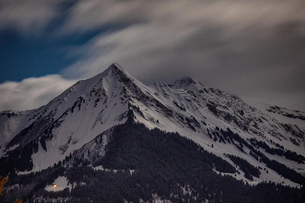 Swiss-201218-winterland-0674.jpg