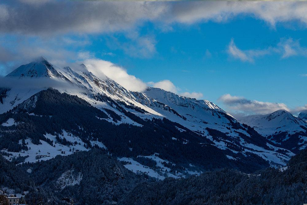 Swiss-201218-winterland-0330.jpg