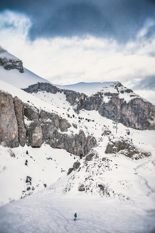 Swiss-201218-winterland-0509.jpg