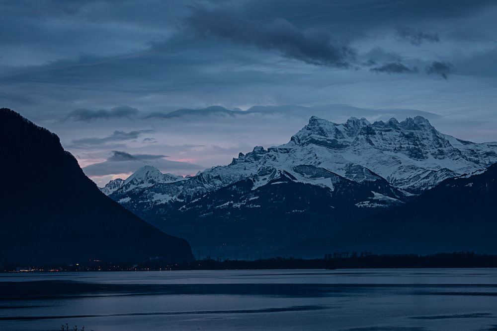 Swiss-231218-winterland-0860.jpg