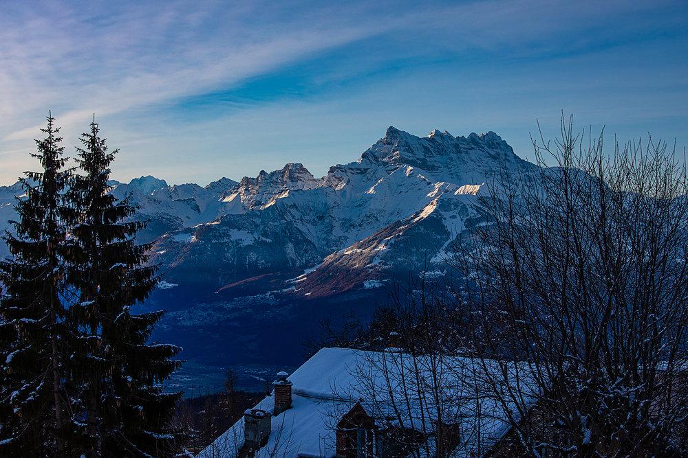Swiss-181218-winterland-0330.jpg