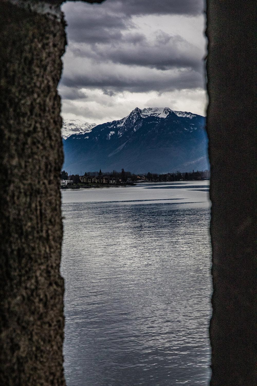 Swiss-231218-winterland-1060.jpg