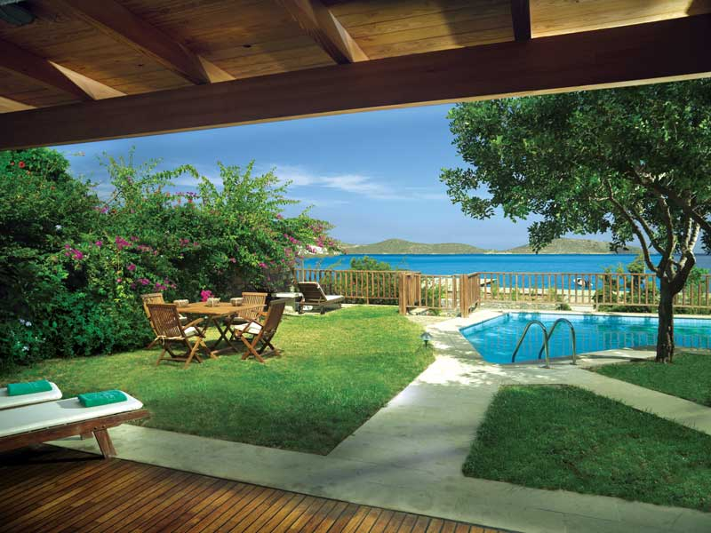 peninsula-grand-villas-private-pool-sized-for-blog.jpg