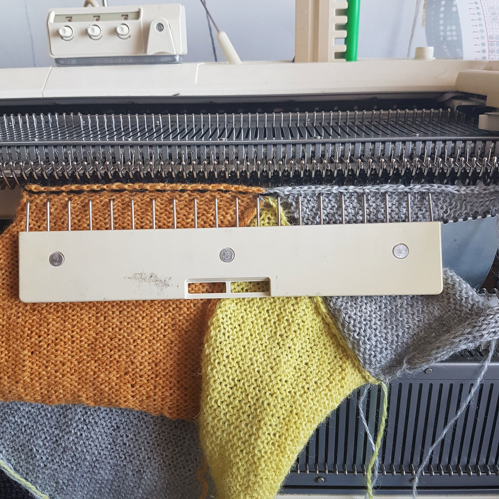 Burns, R. 2018.  Modular Machine Knitting 1 . Photograph.