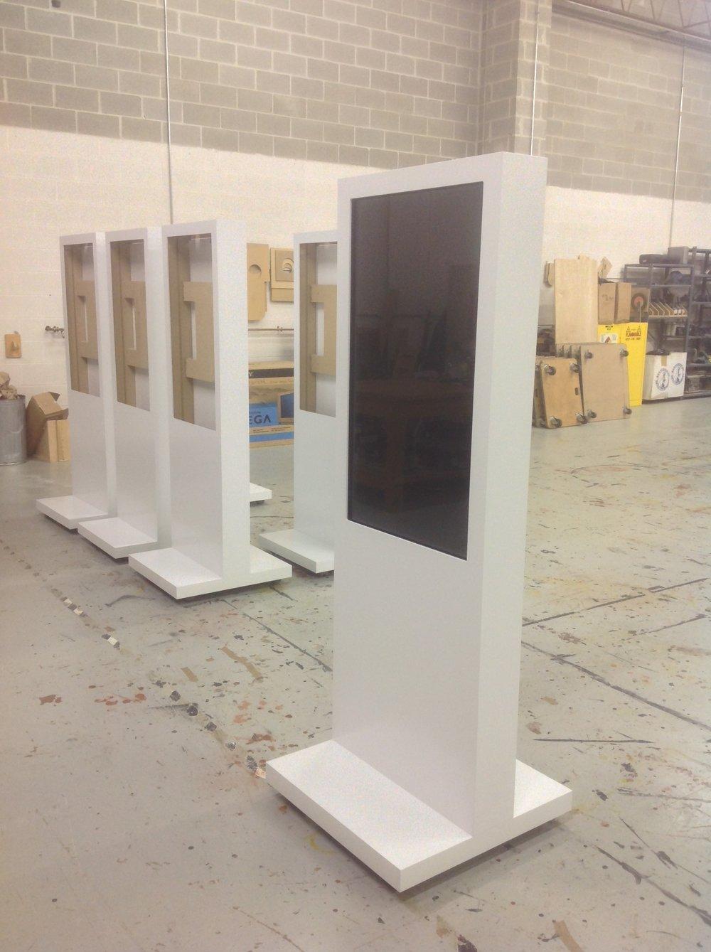 Display kiosk