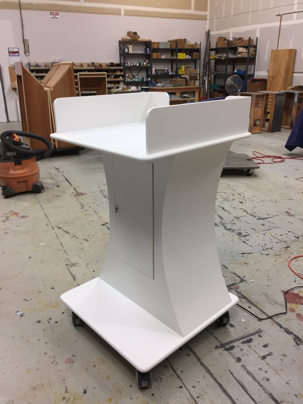 Mobile projector cart (down)