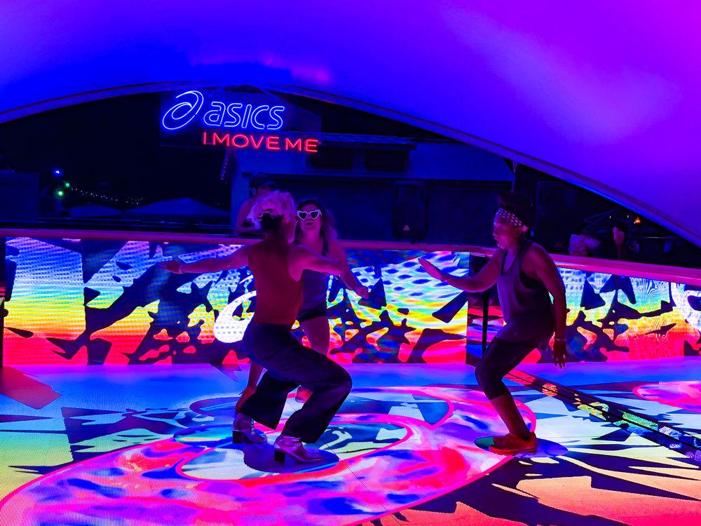 activefloor-asics-lollapalooza-dancing4.jpg