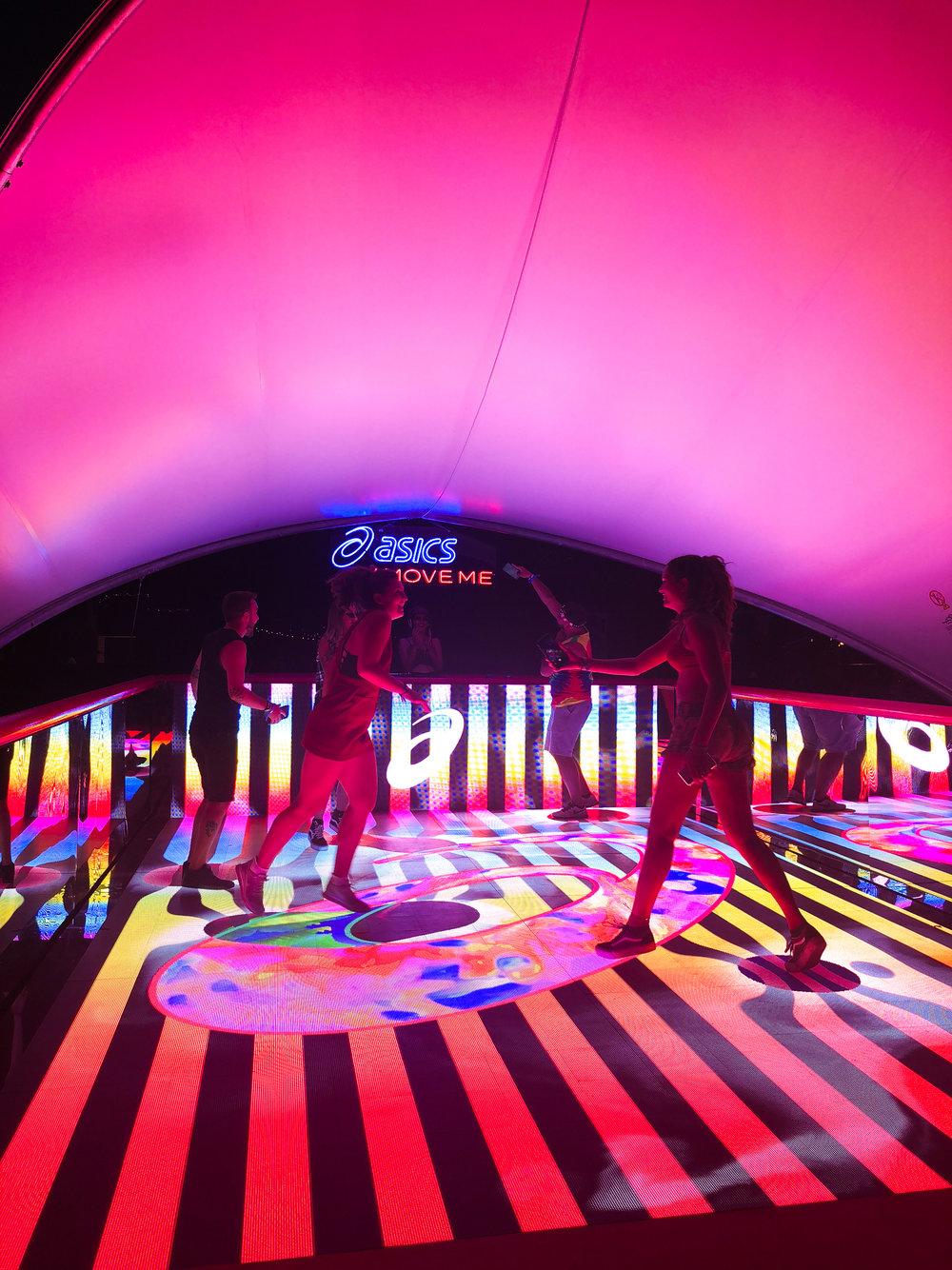 activefloor-asics-lollapalooza-dancing8.jpg