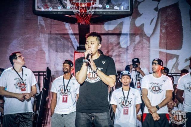 Photo 11bis Discours d'inauguration avec Andy Wu.jpg