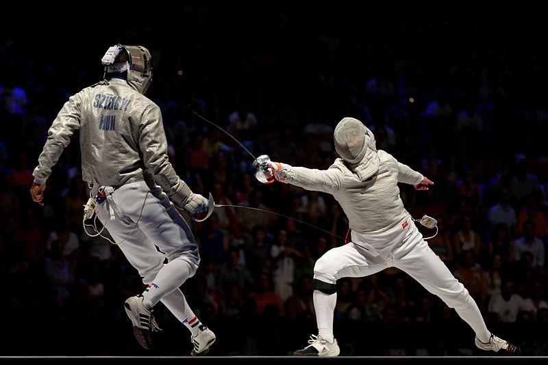 800px-Kovalev_v_Szilagyi_2013_Fencing_WCH_SMS-IN_t194135.jpg