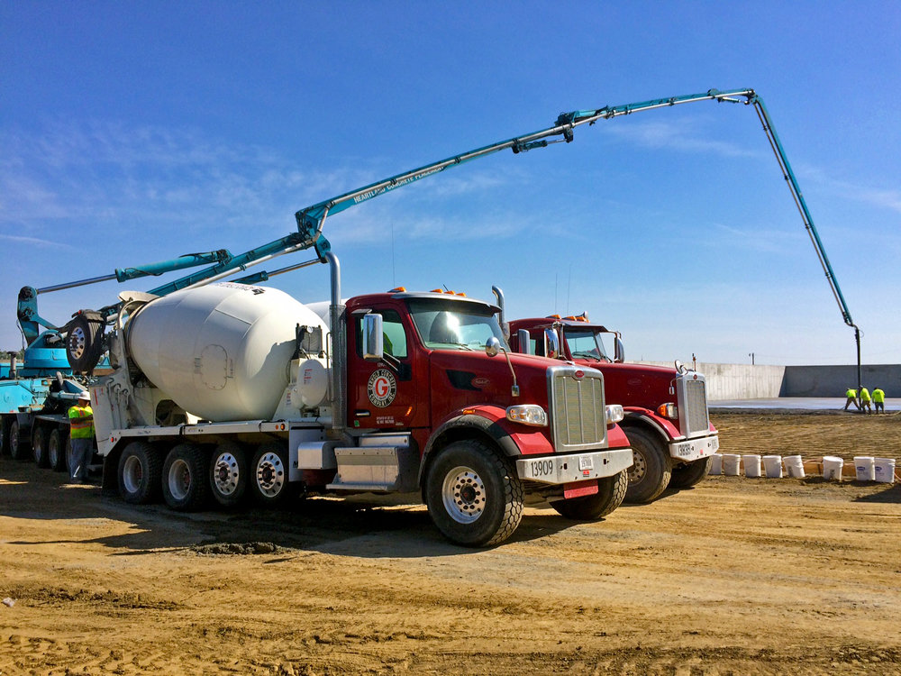 Photos by  CHUCK PEARSON/Gerhold Concrete Co.   Gerhold Concrete Co. places grain silos for Krusemark Farms outside of Wisner, Neb.