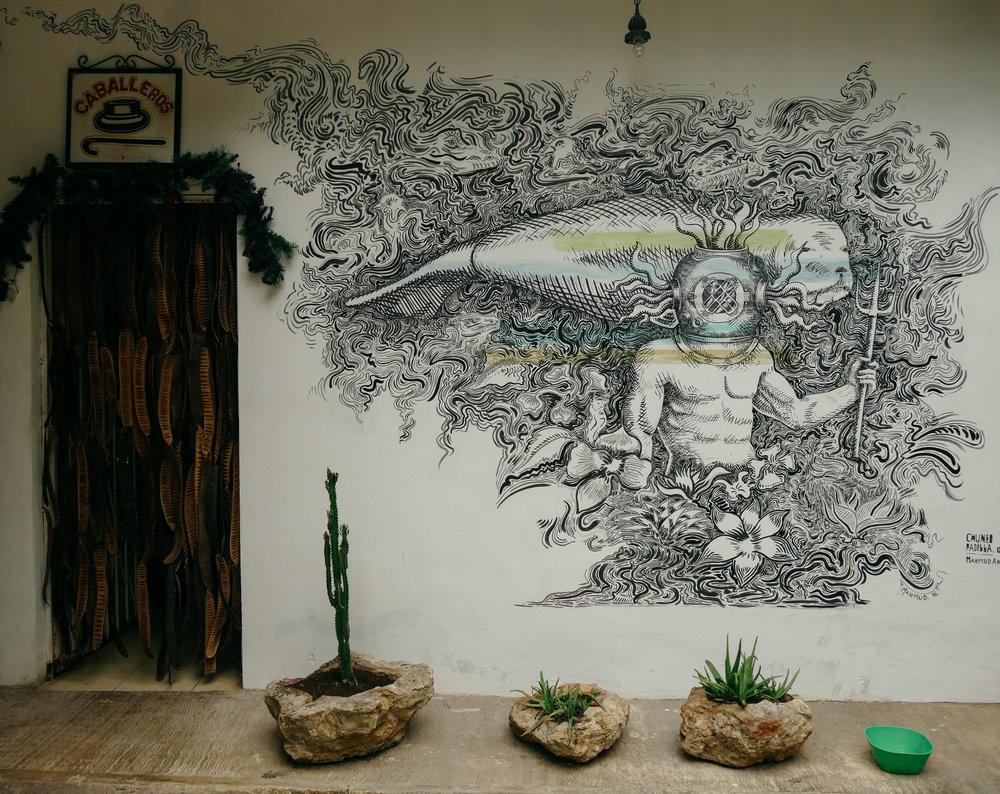 Art everywhere at El Manati