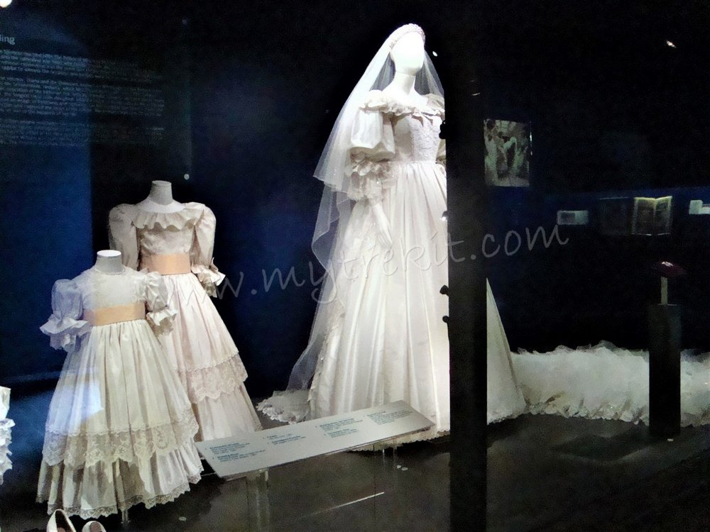 Diana's Wedding bridal gown (2).JPG