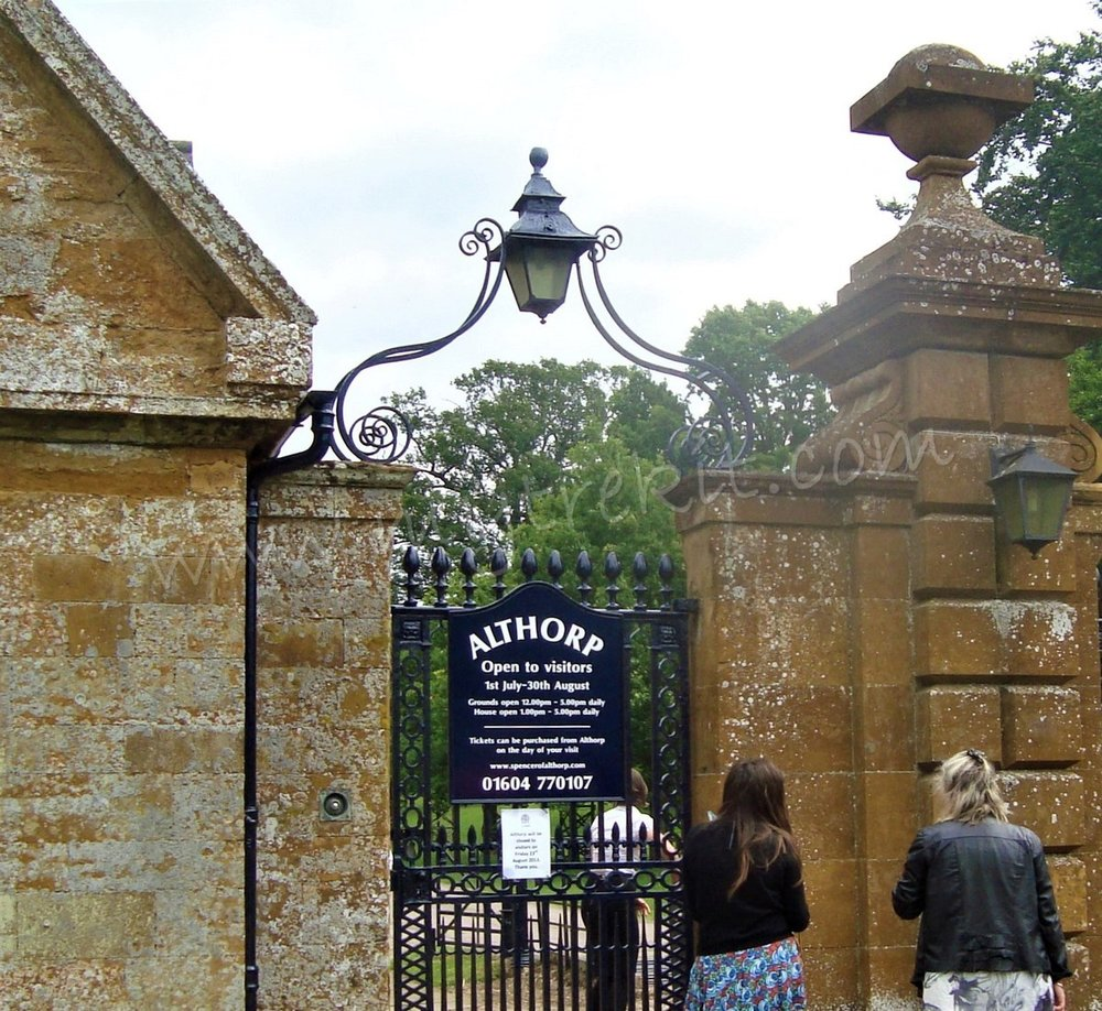 Althorp Gates (1).JPG