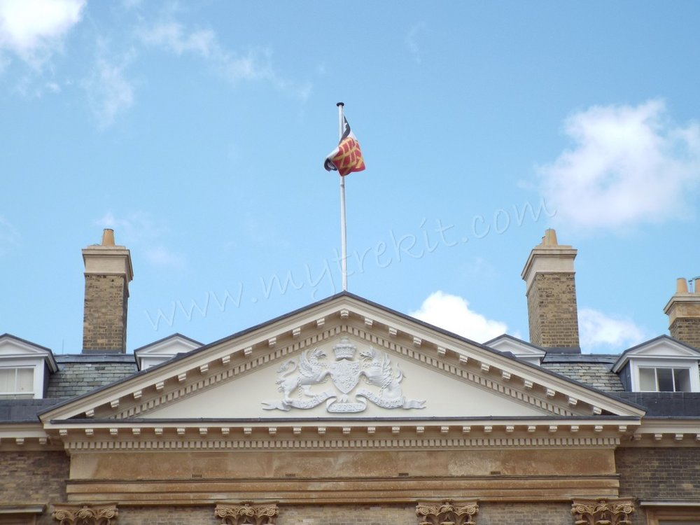 Althorp with flag.JPG