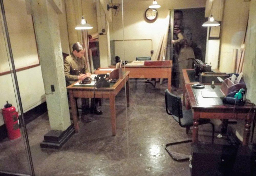 Churchill-War-Rooms-exhibit.JPG