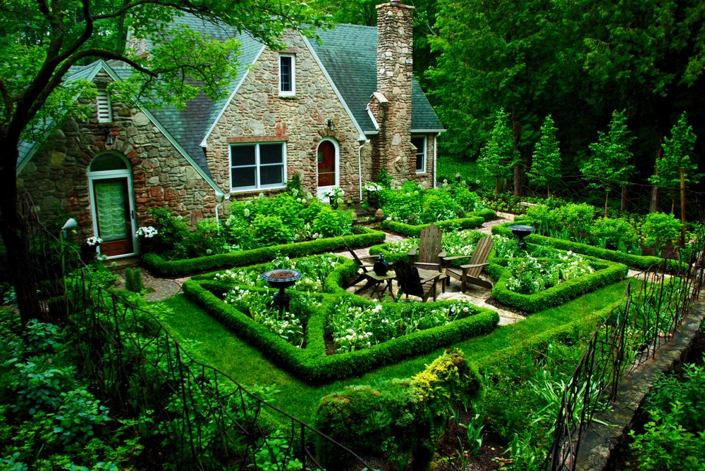 Romantic Country Cottage Summary Celtic Gardens