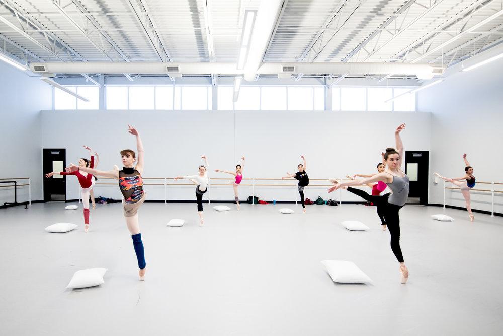 Artists of Pennsylvania Ballet © Vikki Sloviter