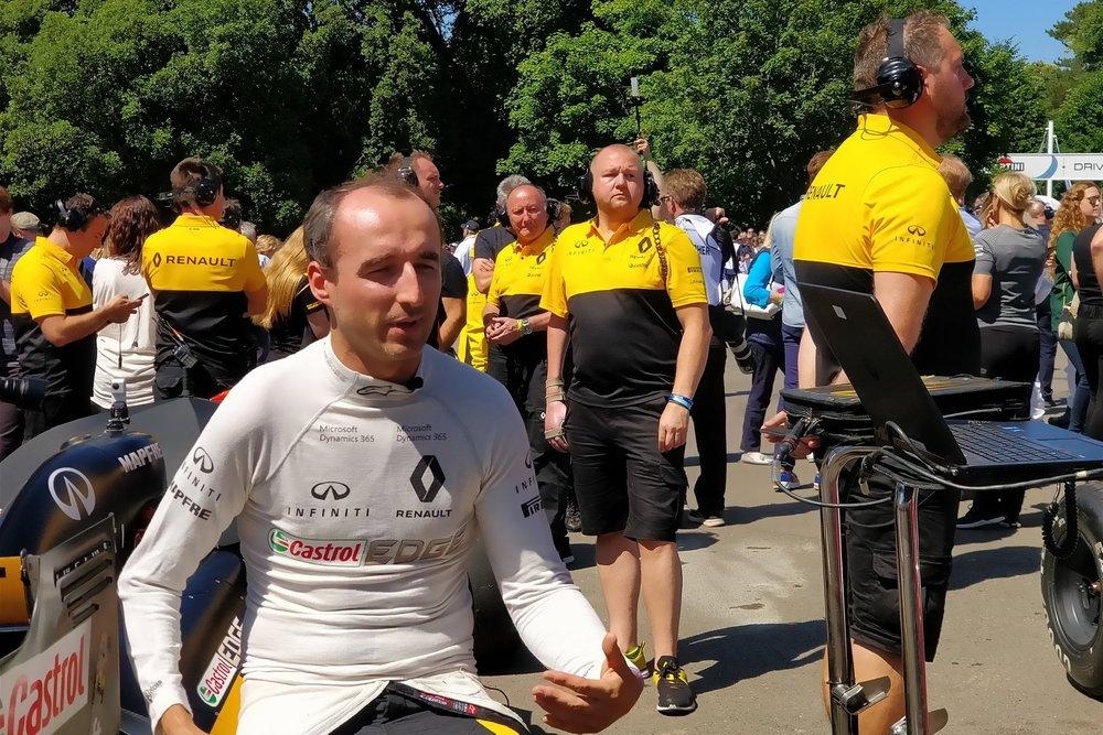 Robert Kubica  at Goodwood FOS,  2.0x zoom