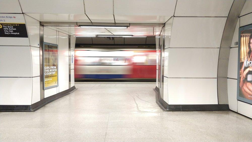 London Underground. 1/13s, ISO 400,F/1.7, Pro mode