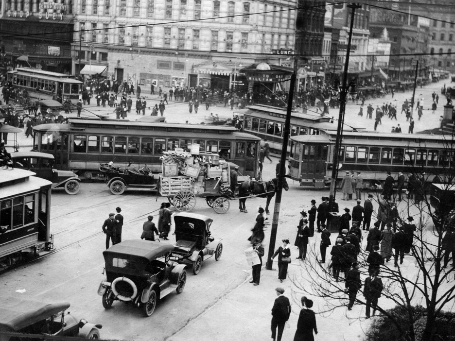 Detroit, 1917; 100 years before the National Street Service (Detroit News)