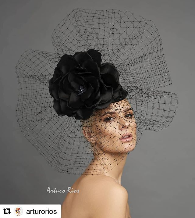 Love this piece!! 😍😍 Couture hat by the talented @arturorios Photography by @marksacrophotography  Model @avacapra  Makeup by @willyou32makeup  Hair by @tuyenttran . . . #hair #makeup #photography #editorialphotography #editorial #couturehats #kentuckyderby #fashion #hairstylist #lahairstylist #lamakeupartist #hairbyme