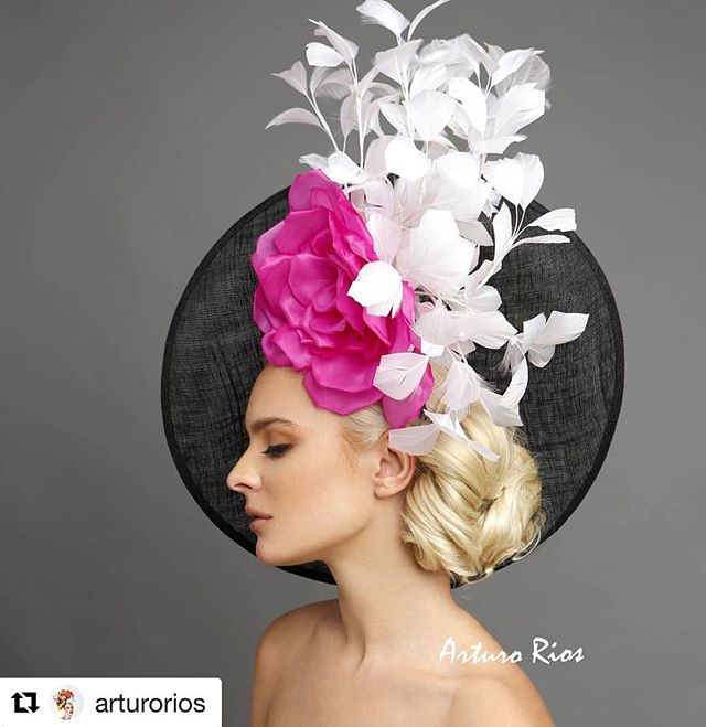So beautiful 😍😍😍 Couture hat by the talented @arturorios Photography by @marksacrophotography  Model @avacapra  Makeup by @willyou32makeup  Hair by @tuyenttran . . . #hair #makeup #photography #editorialphotography #editorial #couturehats #kentuckyderby #fashion #hairstylist #lahairstylist #lamakeupartist #hairbyme #bridal #bridalhair #oneofmyfavs #arturorioshats #tuyenttran