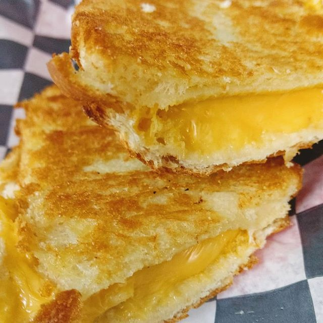 Mmmmmmm, Grilled Cheese....