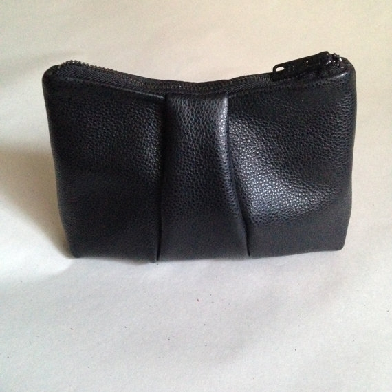 LEATHER COIN POUCH, BLACK PEBBLE  -