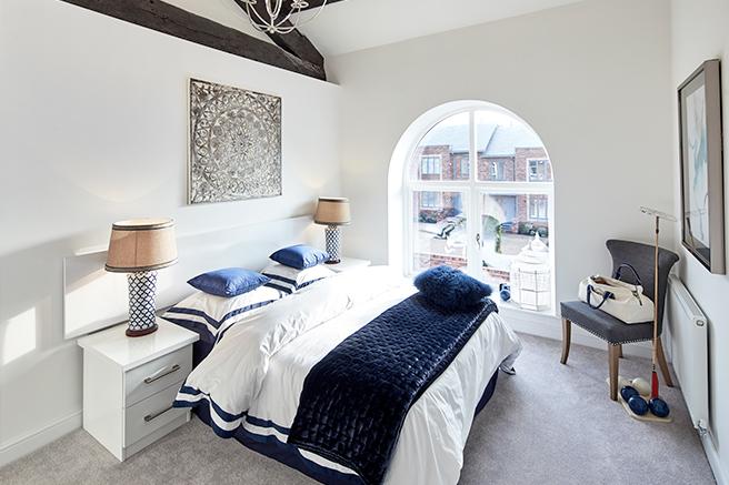 THQ-Plot07-bedroom.jpg