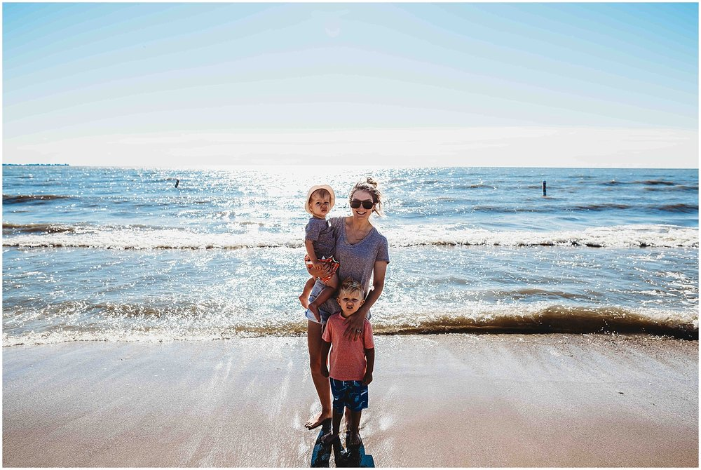 family beach session | michigan lifestyle photographer | amanda lee photography