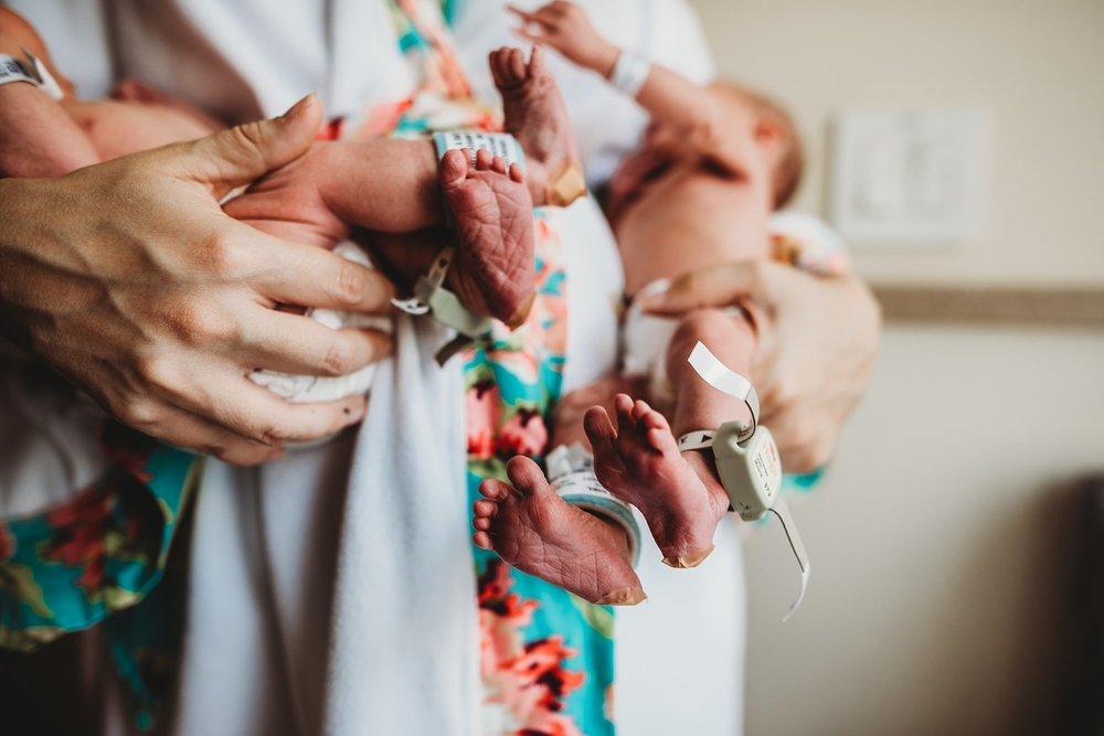 michigan lifestyle photographer, michigan newborn photographer, michigan fresh 48 photographer