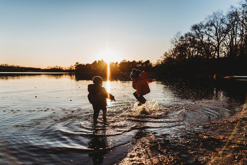 michigan lifestyle photographer | michigan family photographer