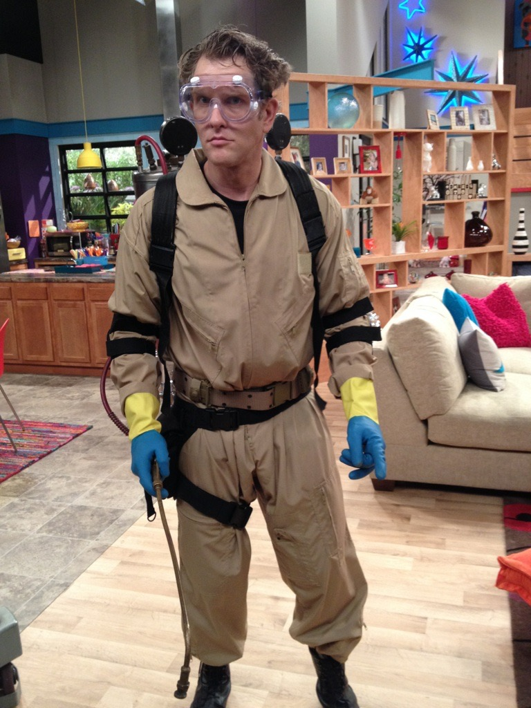 Spent my birthday chaseing an alien on the set of Henry Danger. I didn't catch it...