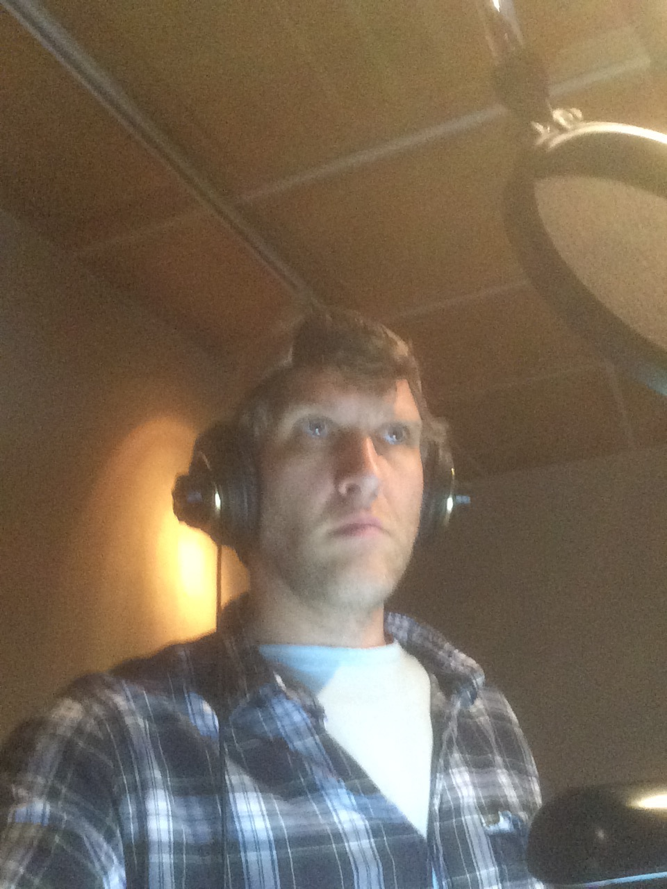 """Recording """"Doc McStuffins"""". I am serious about being a dinosaur!"""