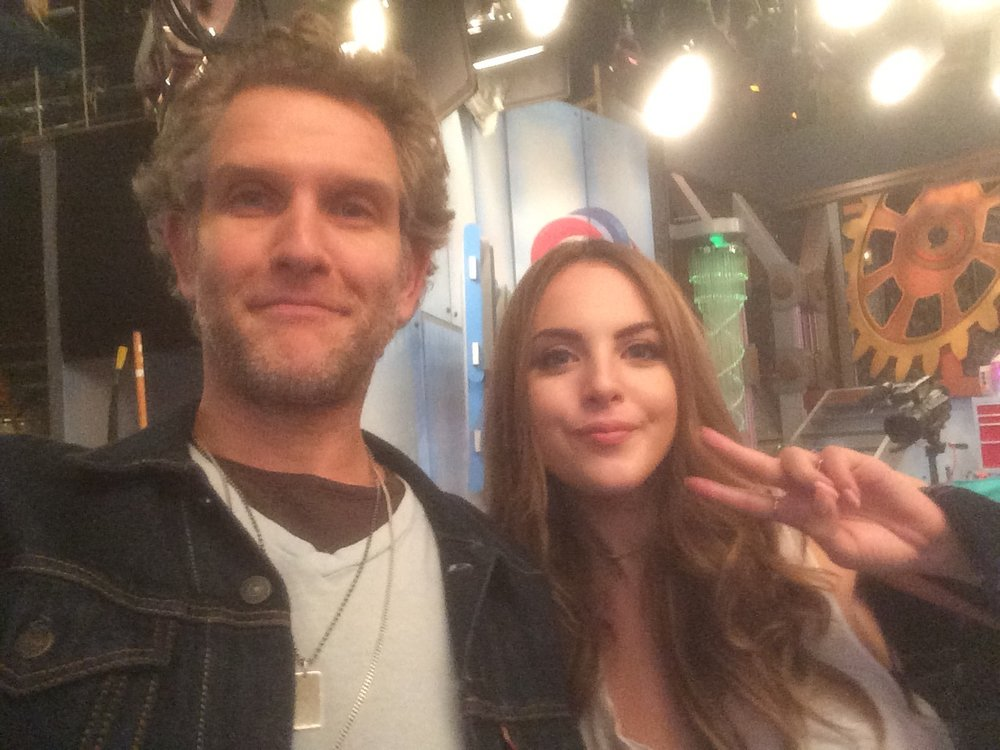 That time Liz Gilles came by the Henry Danger set to say hello. She's a nice one.
