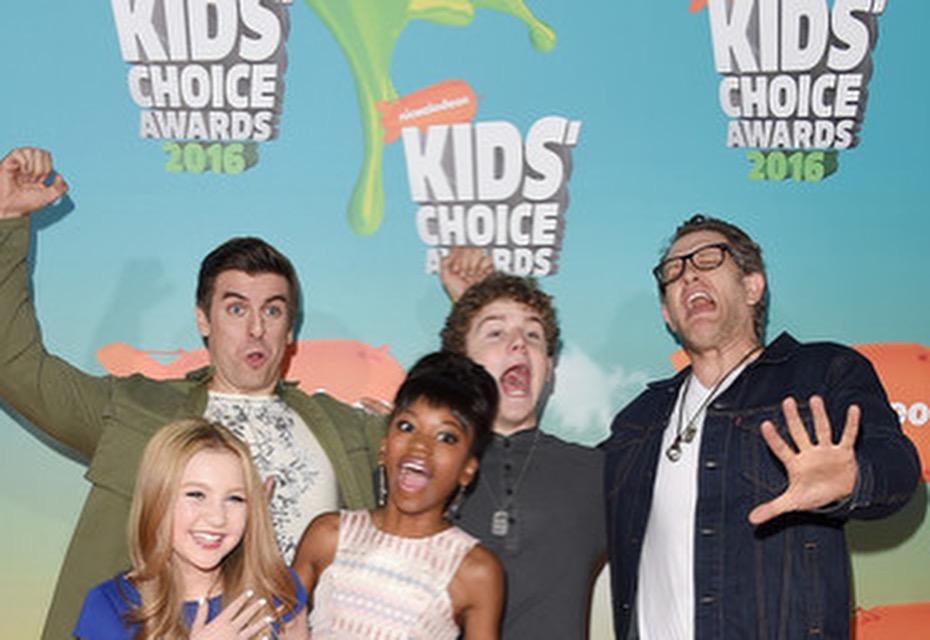 Orange Carpet fun . Kids Choice Awards 2016.