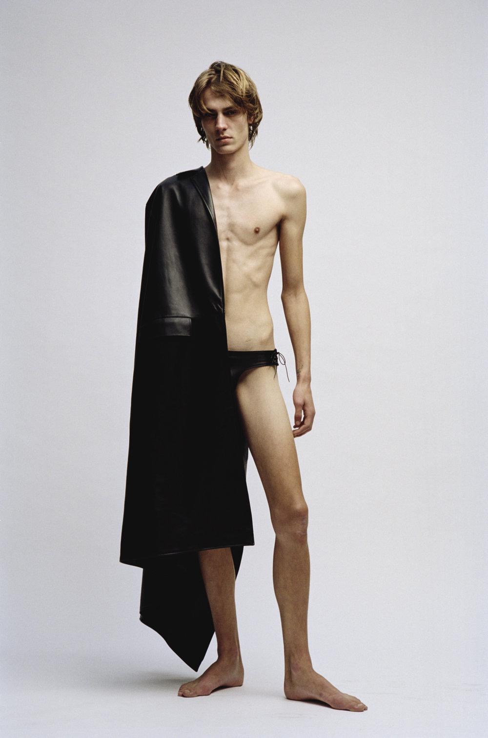 Fabien-Kruszelnicki-Ludovic-de-Saint-Sernin-Ansinth_Page_04_Image_0001.jpg