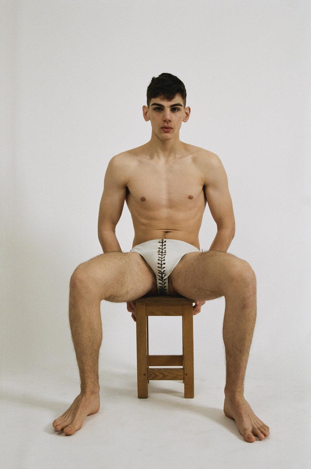 Fabien-Kruszelnicki-Ludovic-de-Saint-Sernin-Ansinth_Page_07_Image_0001.jpg
