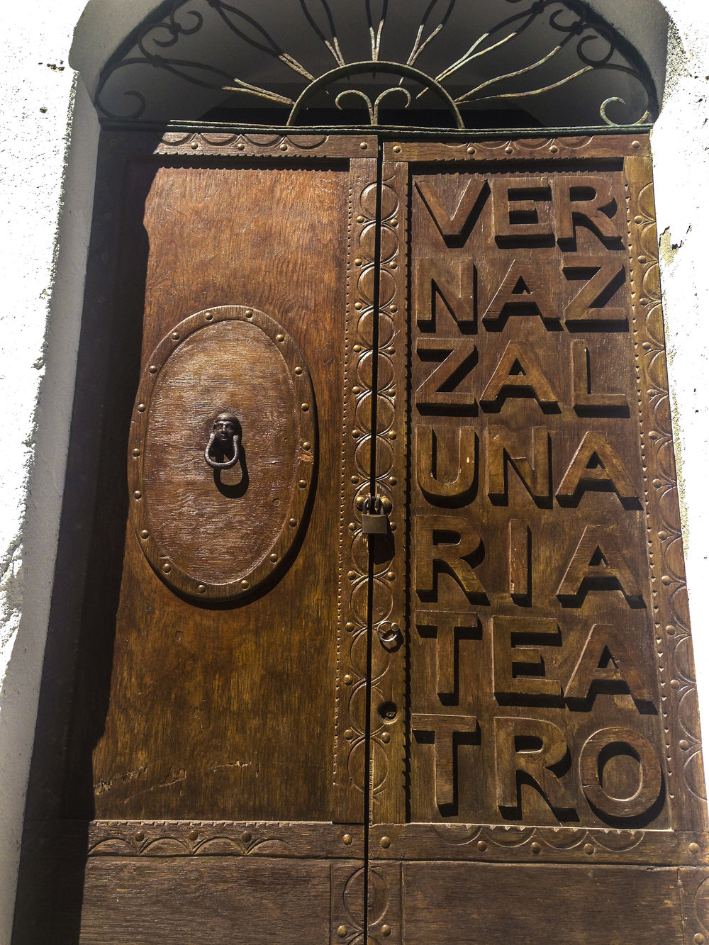 Vernazza Door.jpg