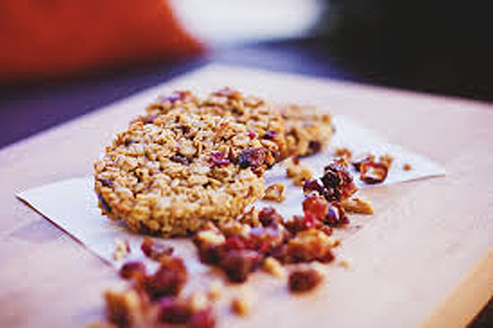 oatmeal-raspberry-cookie.jpg
