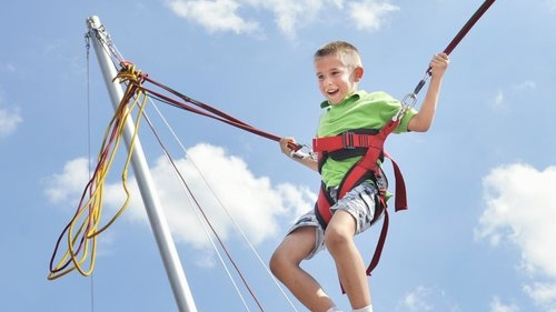 bungee trampoline - Our EuroBungy trampolines will propel you to thrilling heights!