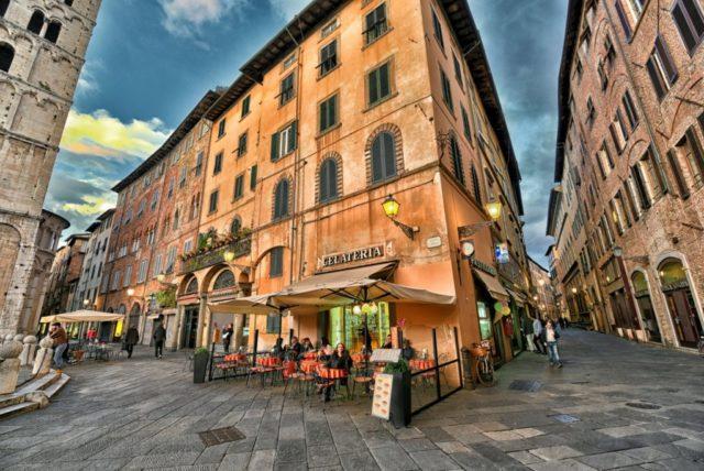 A2 Lucca Street.jpg