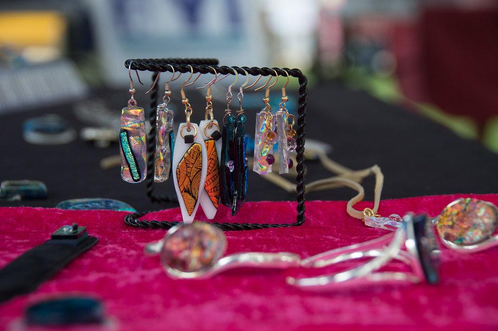 Cindy Jones Glass - Vendor Type ConcessionaireMarket Location Buena Vista & SalidaSend Email