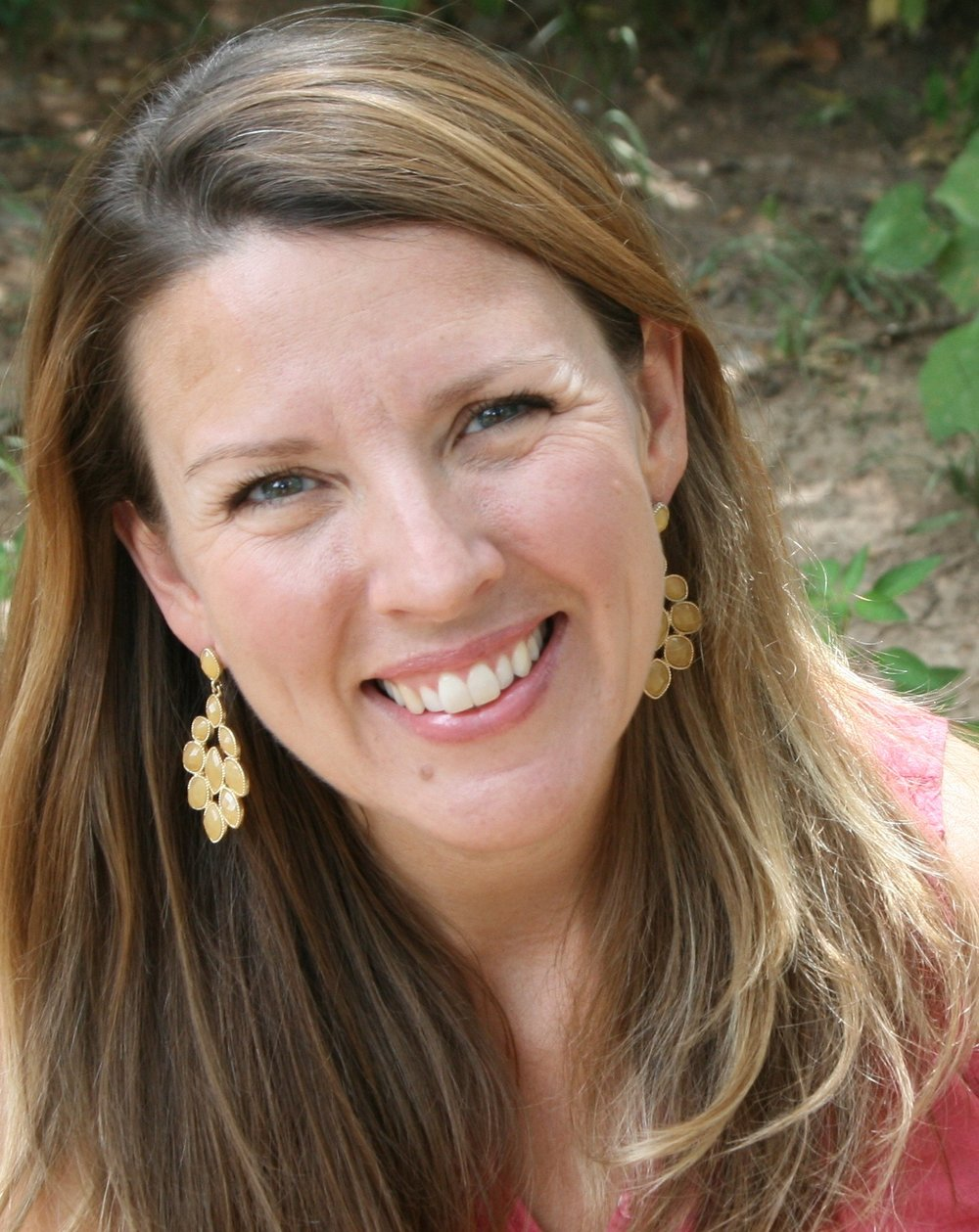 Welcome to the the website of Kathryn Rombs, Catholic wife, mother,philosophy instructor,who is passionate about sacredness of Catholic motherhood and its being reflective of the image of Christ. -