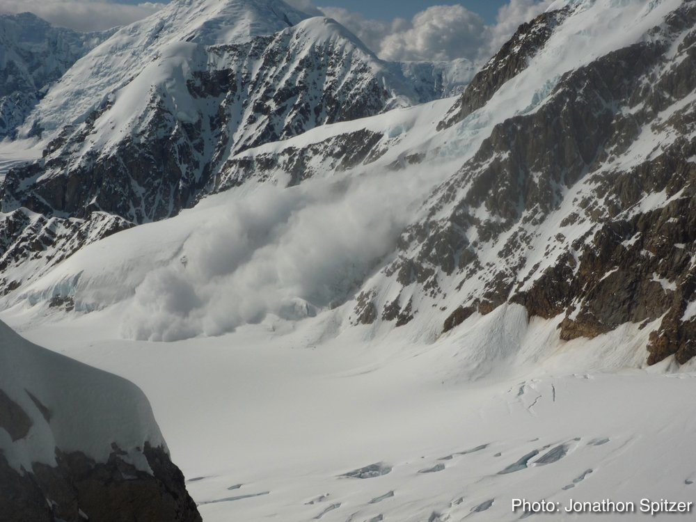 Observation of LARGE Natural Avalanche.  Alaska Range.